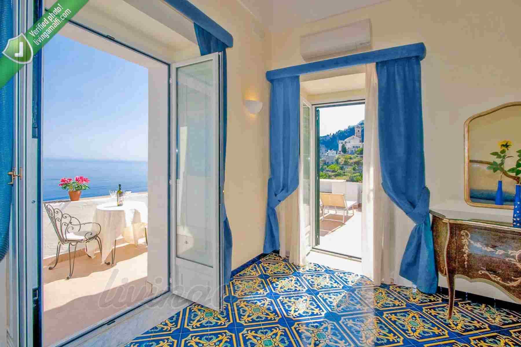 3 nights at a wonderful Villa in Amalfi! Wedding Package
