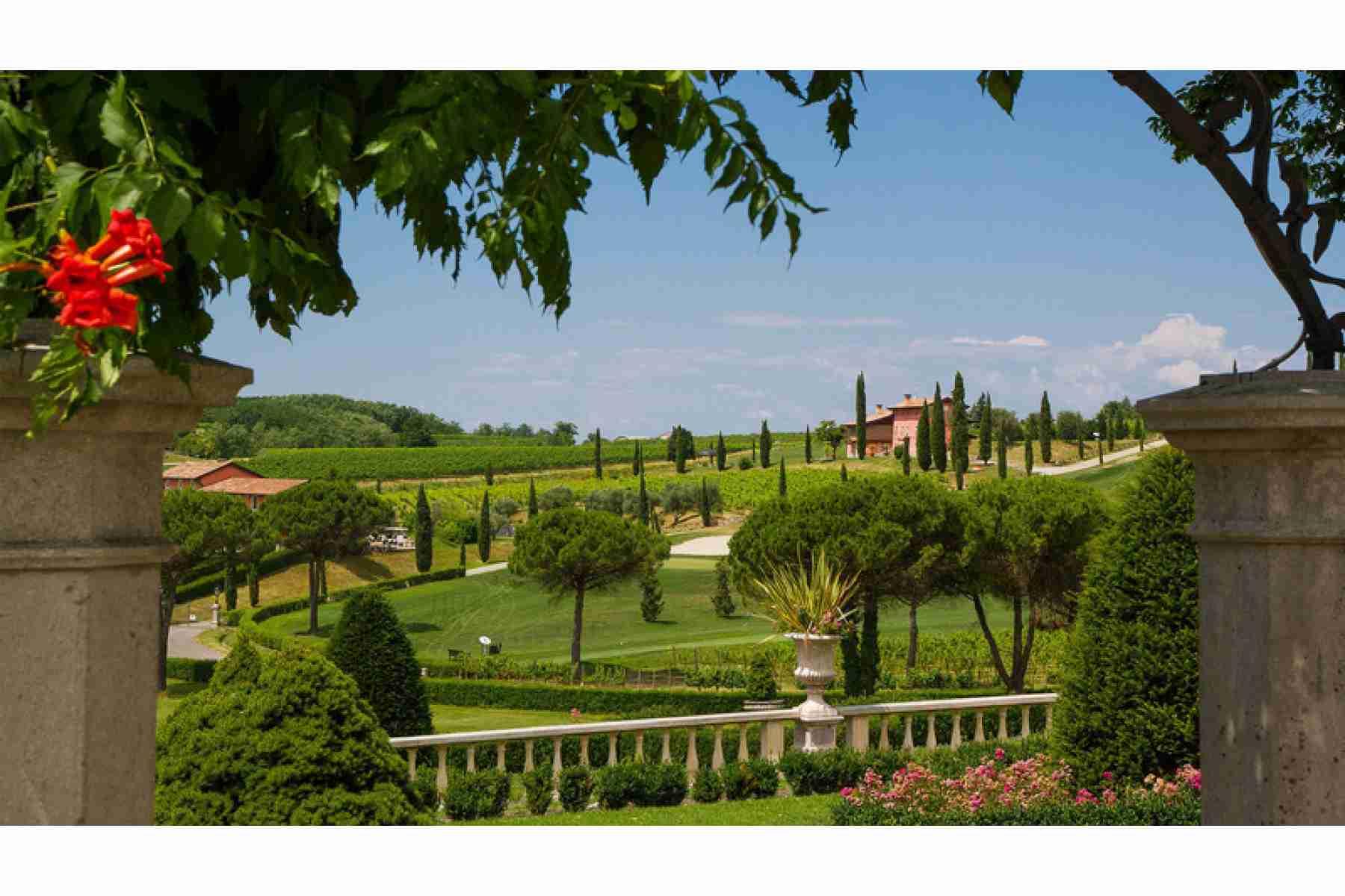 Golf Country Club & Taste: Collio - Wine Resort -Friuli Venezia Giulia - 3 days/ 2 nights 1 Round in Golf Club Collio  Wedding Package