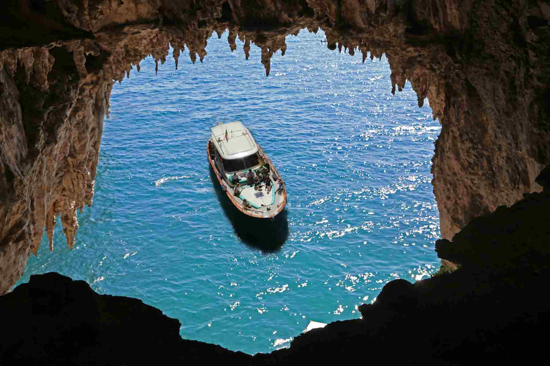 Glamourous Capri island by boat Wedding Package