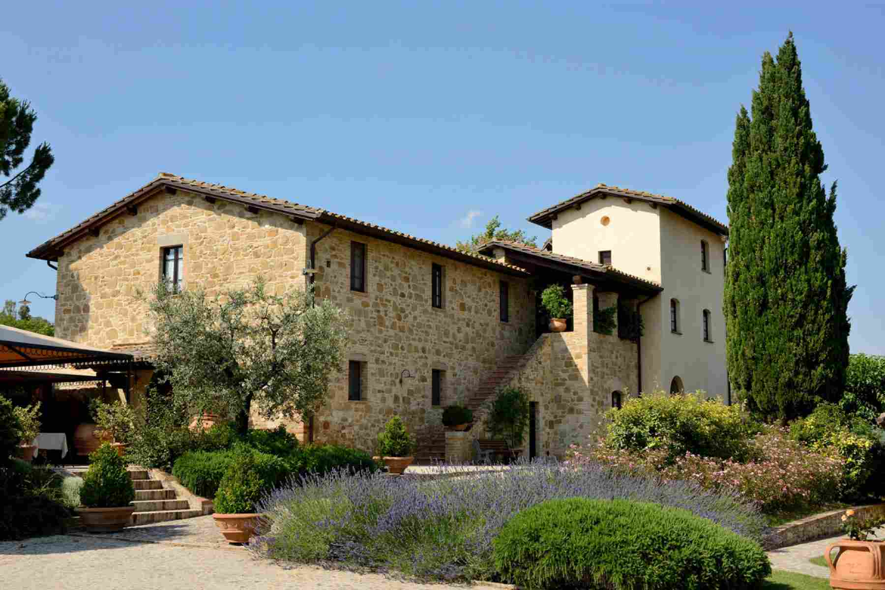 Marry in the county of Assisi Wedding Package