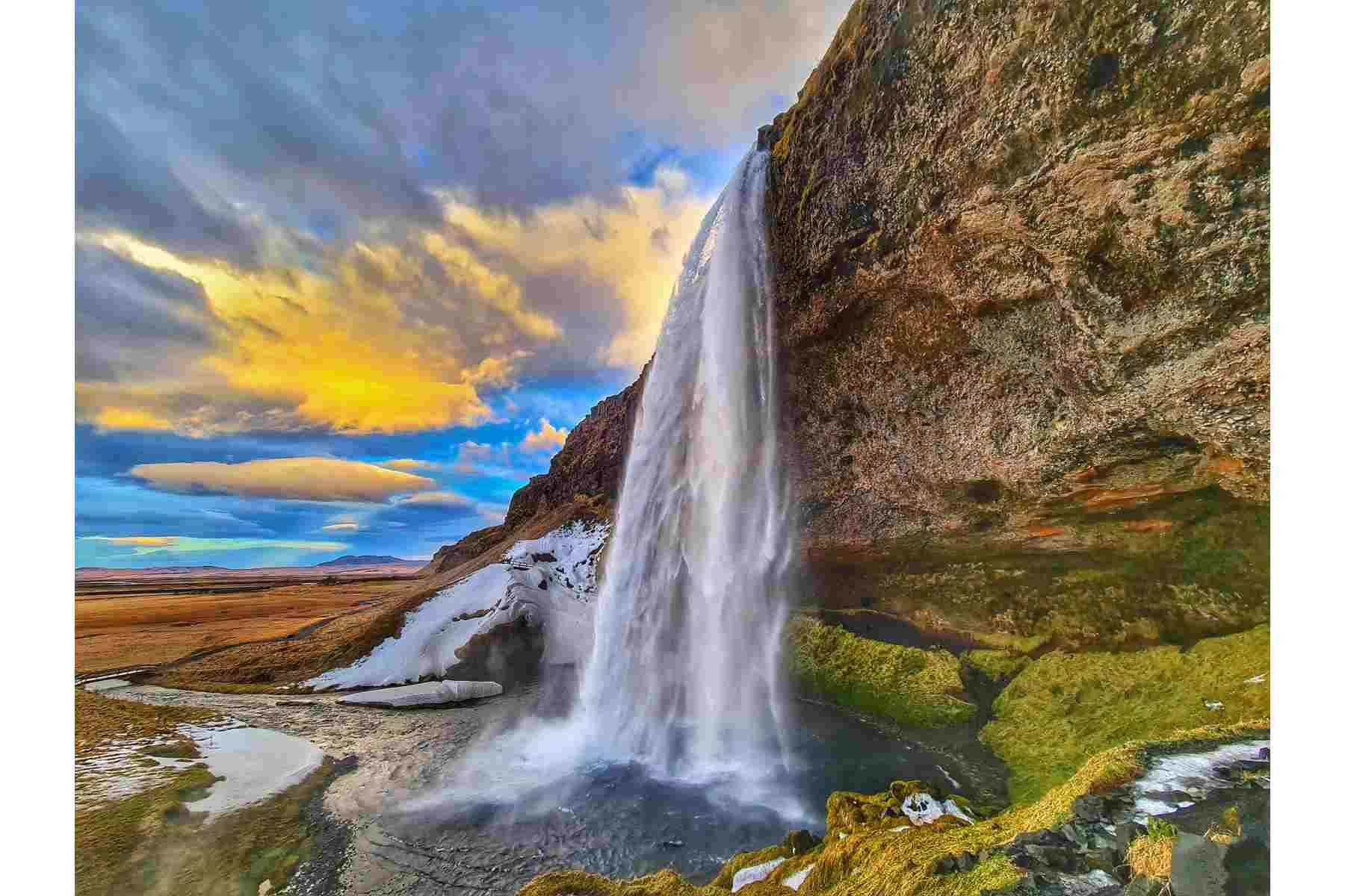 9D8N ICELAND | REYKJAVIK, SOUTH COAST, SNÆFELLSNES & NORTHERN LIGHTS Wedding Package